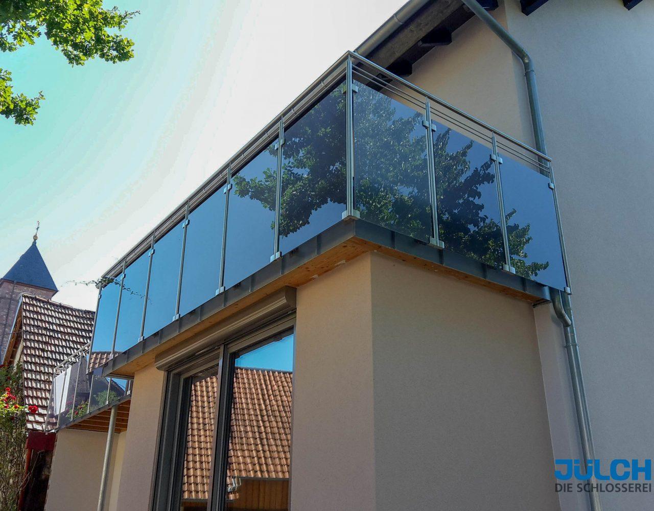 Balkongelaender, Glashalter, Edelstahl, dunkles Glas