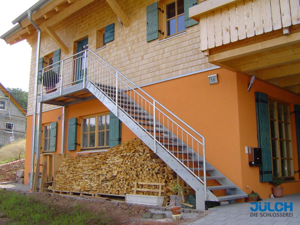 Eingang Bauernhof, Obergeschoss, Treppenlauf mit Podest