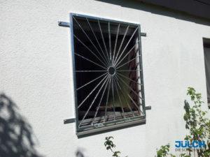 Fenstergitter Feuerverzinkt, Sonnenstrahlen Kreisfoermig, sternfoermig, EInbruchschutz