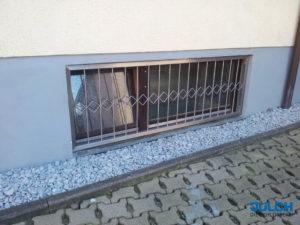 Fensterschutz Keller, Edelstahl, Rauten Zierleiste,