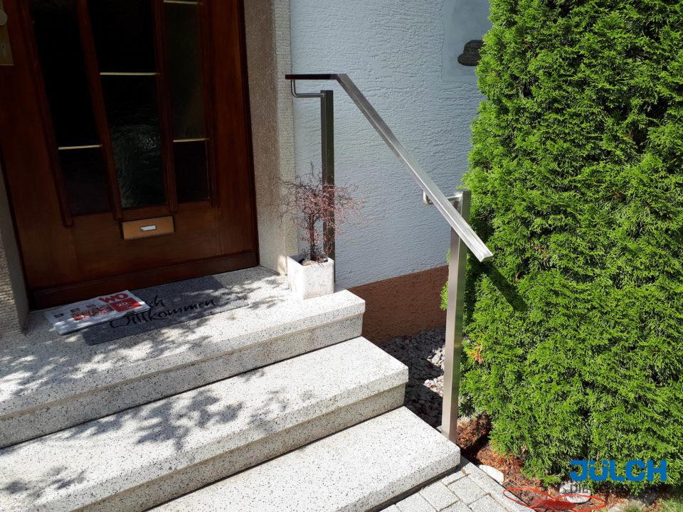 Handlauf Edelstahl, kantig eckig, Eingangstreppe